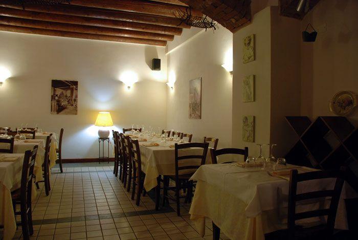 Enoteca / Wine Bar  La Taerna BRESCIA