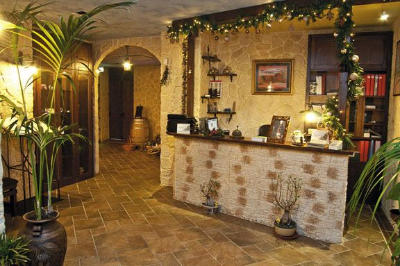 Foto di ristorante la via delle taverne galleria immagini for Foto di taverne arredate