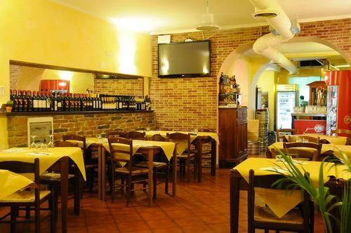 Osteria cacio e pepe roma osterie cucina romana roma cacio for Cucina romana rome