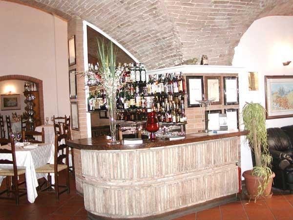 Dettagli Ristorante La Taverna