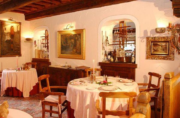 Dettagli Ristorante Dell'Hotel Bellevue, Le Petit Restaurant