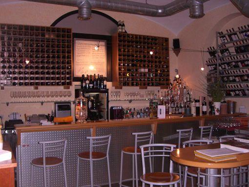 Dettagli Enoteca / Wine Bar Fuzzybar Bottiglieria
