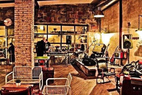 Dettagli Enoteca / Wine Bar Coffee Pot