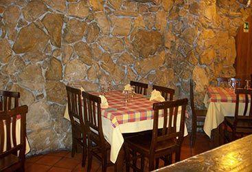Dettagli Pizzeria Le Grotte Del Kemonia